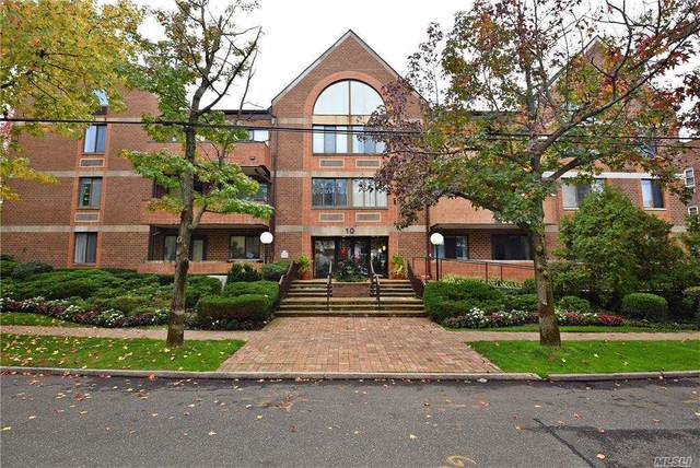 10 Canterbury Road 3H, Great Neck, NY 11021 (MLS #3264187) :: The Home Team