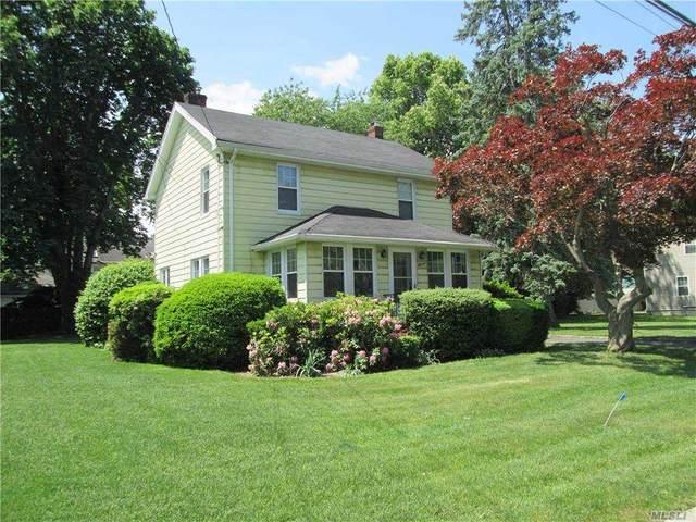 11 Willow Place, Glen Head, NY 11545 (MLS #3264450) :: Shalini Schetty Team