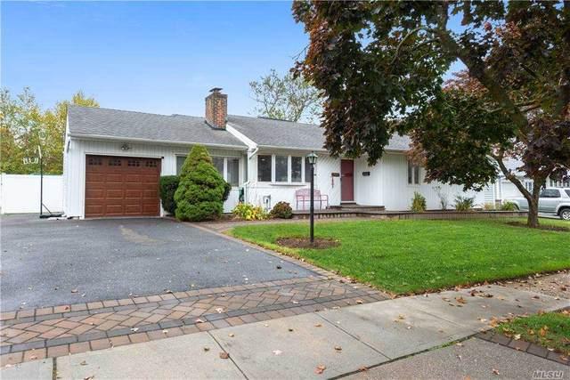 523 Windsor St, Westbury, NY 11590 (MLS #3264739) :: Signature Premier Properties