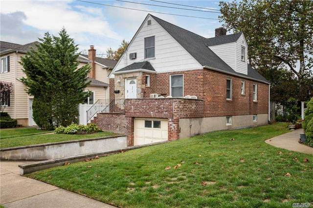 572 Lincoln St, Cedarhurst, NY 11516 (MLS #3265111) :: Nicole Burke, MBA | Charles Rutenberg Realty