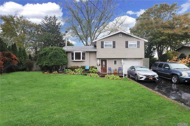 3019 Newport Ave, Medford, NY 11763 (MLS #3265181) :: Keller Williams Points North - Team Galligan