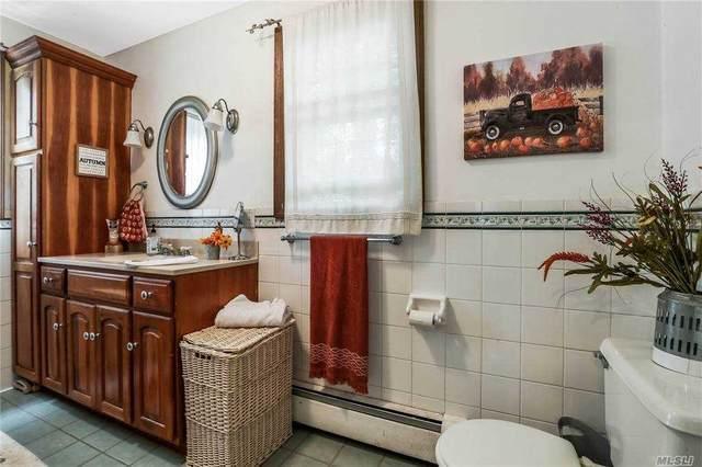 148 Melville Road, S. Huntington, NY 11746 (MLS #3265472) :: Cronin & Company Real Estate