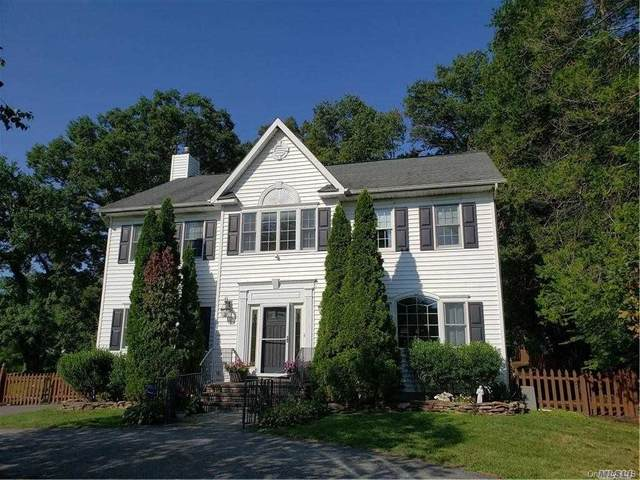 133 Old Middletown Road, Pearl River, NY 10965 (MLS #3265636) :: Howard Hanna Rand Realty