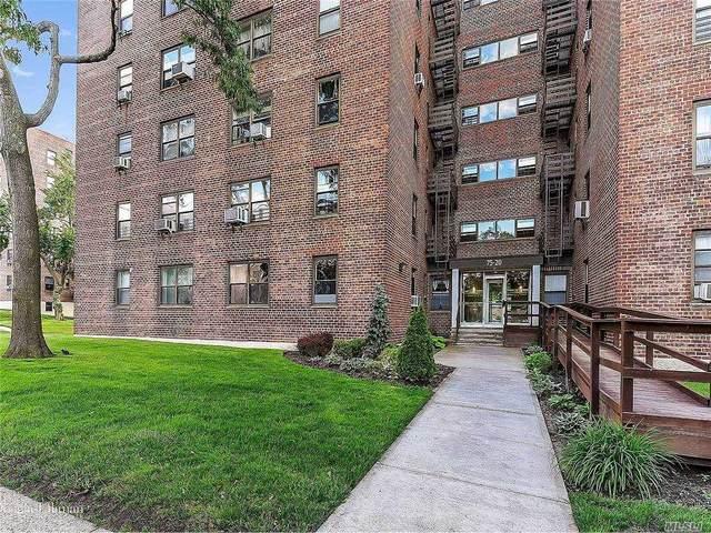 75-20 Bell Blvd Boulevard 4G, Oakland Gardens, NY 11364 (MLS #3267101) :: Mark Boyland Real Estate Team