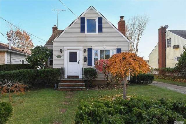 56 I U Willets Rd, Albertson, NY 11507 (MLS #3268692) :: Mark Seiden Real Estate Team