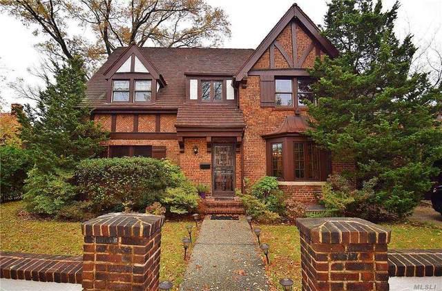 30 Winter Street, Forest Hills, NY 11375 (MLS #3269215) :: Nicole Burke, MBA | Charles Rutenberg Realty