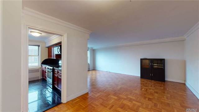 69-45 108th Street 9A, Forest Hills, NY 11375 (MLS #3269278) :: The McGovern Caplicki Team