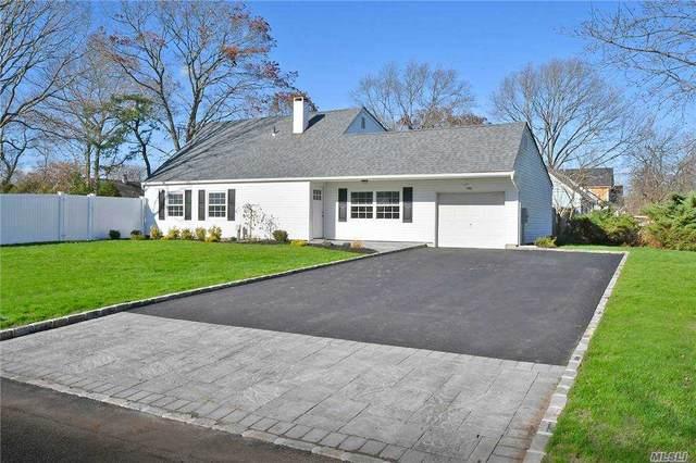 1 Southern Pine Ln, Medford, NY 11763 (MLS #3269905) :: McAteer & Will Estates | Keller Williams Real Estate