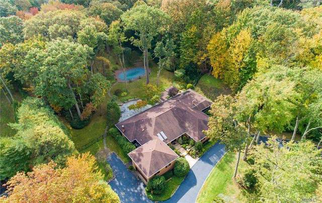 39 The Hollows N, Muttontown, NY 11732 (MLS #3270536) :: Keller Williams Points North - Team Galligan