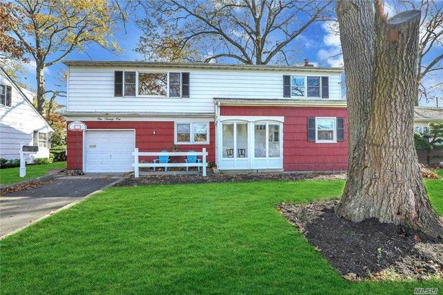 121 Gates Avenue, Malverne, NY 11565 (MLS #3270706) :: Marciano Team at Keller Williams NY Realty