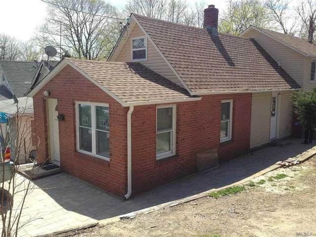 18 Morgan Place, Port Washington, NY 11050 (MLS #3270800) :: Signature Premier Properties