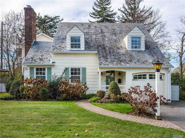 25 Lowell Road, Port Washington, NY 11050 (MLS #3270818) :: Signature Premier Properties