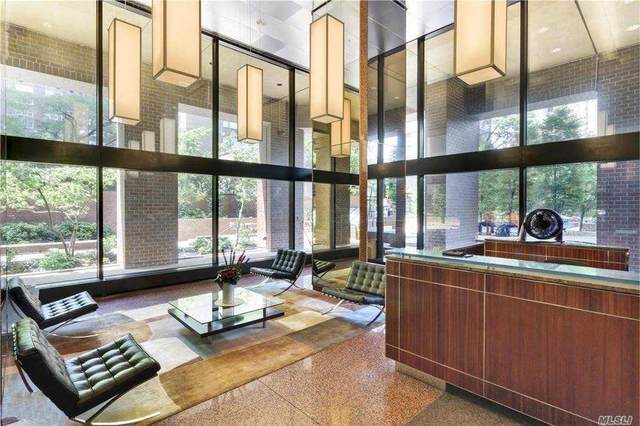 30 West 61 Street 7G, Out Of Area Town, NY 10023 (MLS #3270825) :: Signature Premier Properties