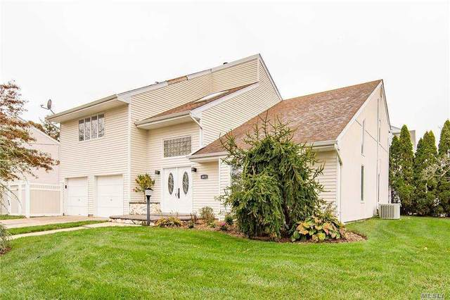 4025 Boston Ave, Seaford, NY 11783 (MLS #3271004) :: Mark Boyland Real Estate Team