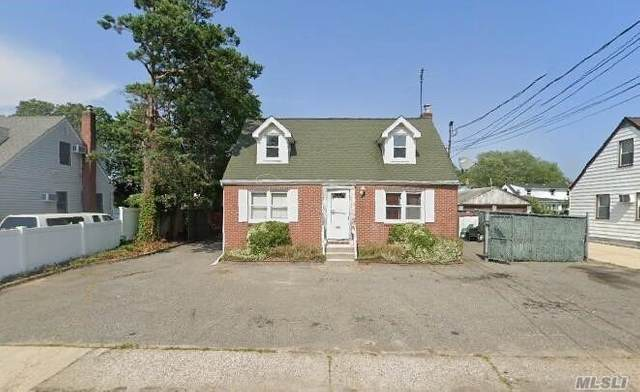 351 E Meadow Ave, East Meadow, NY 11554 (MLS #3271526) :: Keller Williams Points North - Team Galligan