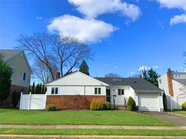 68 Willets Dr, Syosset, NY 11791 (MLS #3271696) :: Signature Premier Properties