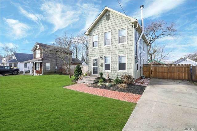 20 Washington Avenue, Patchogue, NY 11772 (MLS #3271747) :: Signature Premier Properties