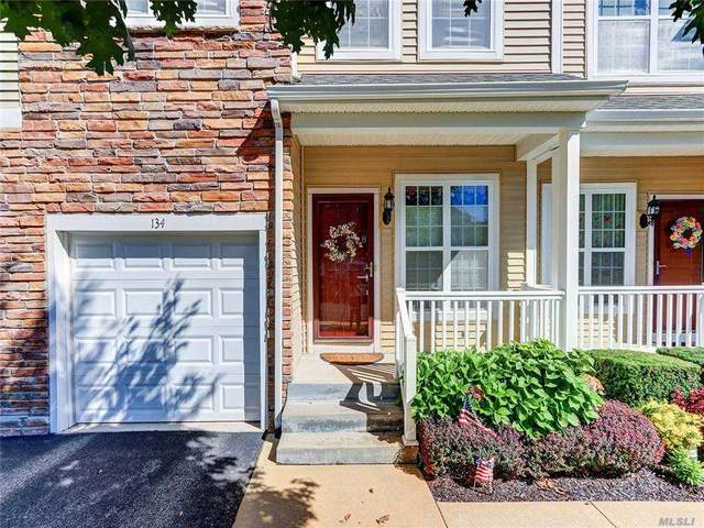 134 Somerset Drive, Massapequa, NY 11758 (MLS #3272244) :: The McGovern Caplicki Team
