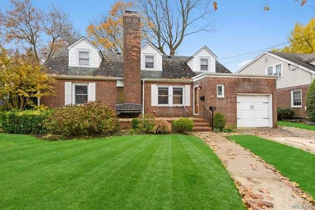 90 Beverly Avenue, Floral Park, NY 11001 (MLS #3272538) :: Signature Premier Properties