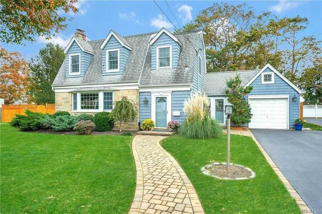 291 Maple Avenue, Patchogue, NY 11772 (MLS #3272743) :: Signature Premier Properties