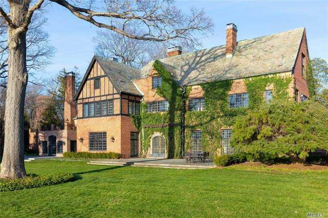 Lloyd Harbor, NY 11743 :: Signature Premier Properties