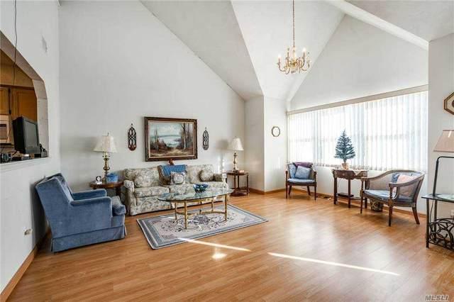 8 Ridgewood Drive, Wantagh, NY 11793 (MLS #3275265) :: Mark Boyland Real Estate Team