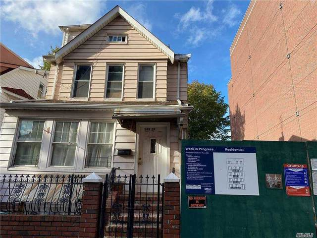 148-07 90 Th Ave, Jamaica, NY 11435 (MLS #3279399) :: Frank Schiavone with William Raveis Real Estate