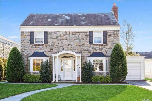 72 Kingsbury Road, Garden City, NY 11530 (MLS #3279646) :: Nicole Burke, MBA | Charles Rutenberg Realty