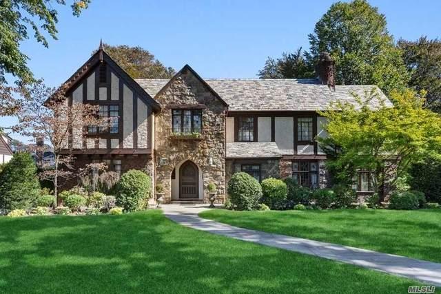 109 Oxford Boulevard, Garden City, NY 11530 (MLS #3280971) :: Nicole Burke, MBA | Charles Rutenberg Realty