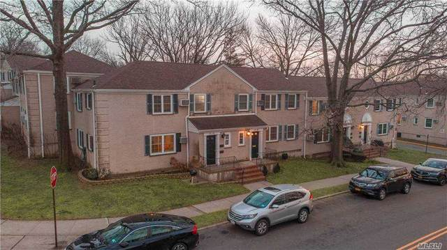67-96 223 Place B, Oakland Gardens, NY 11364 (MLS #3281226) :: Kendall Group Real Estate | Keller Williams