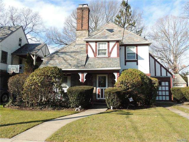 92 Forestdale Road, Rockville Centre, NY 11570 (MLS #3282048) :: Nicole Burke, MBA | Charles Rutenberg Realty