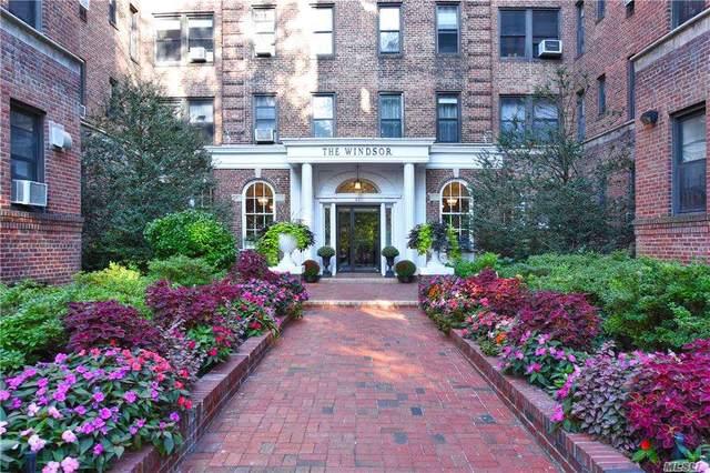 21 Barstow Road 5E, Great Neck, NY 11021 (MLS #3282265) :: Nicole Burke, MBA | Charles Rutenberg Realty