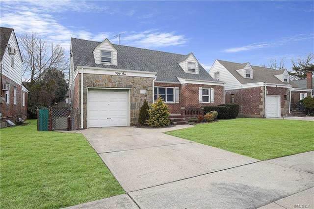 51 Elizabeth St, Valley Stream, NY 11580 (MLS #3282338) :: Mark Boyland Real Estate Team