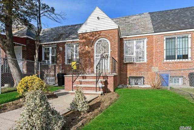 167-03 Foch Boulevard, Jamaica, NY 11434 (MLS #3282341) :: Mark Boyland Real Estate Team