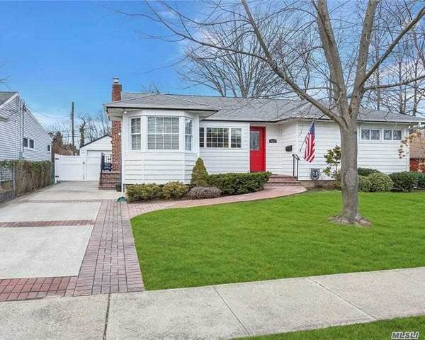 1419 Apple Lane, East Meadow, NY 11554 (MLS #3282455) :: Kevin Kalyan Realty, Inc.