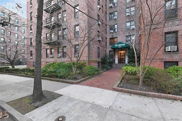 140-35 Burden Crescent #402, Briarwood, NY 11435 (MLS #3283012) :: Nicole Burke, MBA | Charles Rutenberg Realty