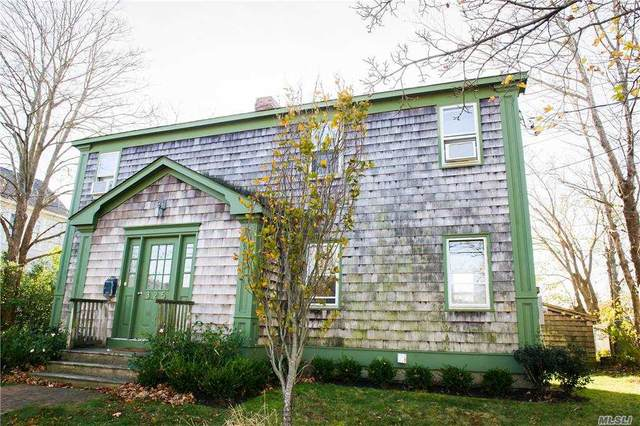 325 Wiggins Street, Greenport, NY 11944 (MLS #3283200) :: Mark Boyland Real Estate Team