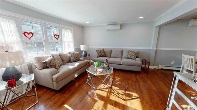 271 Clay Pitts Rd, E. Northport, NY 11731 (MLS #3283664) :: Mark Seiden Real Estate Team