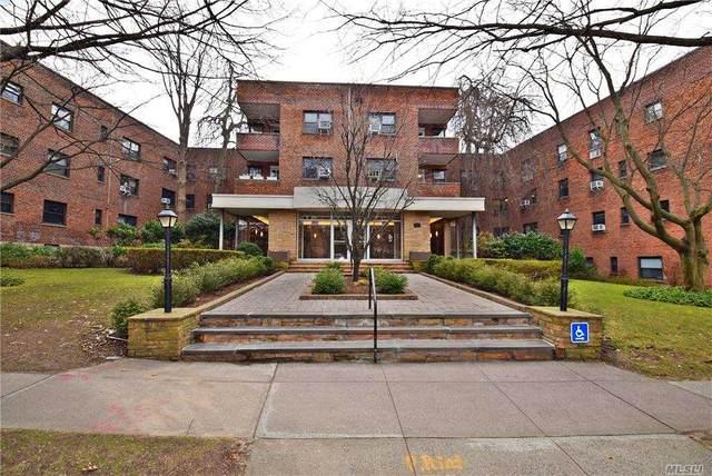 30 Grace Avenue 1J, Great Neck, NY 11021 (MLS #3283773) :: Shalini Schetty Team