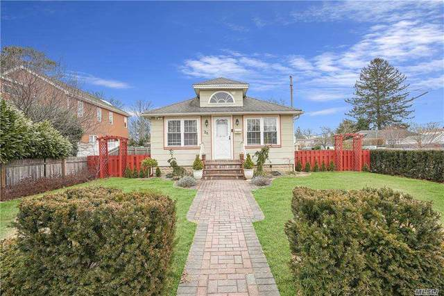 25 Walnut Avenue E, Farmingdale, NY 11735 (MLS #3284026) :: Howard Hanna Rand Realty