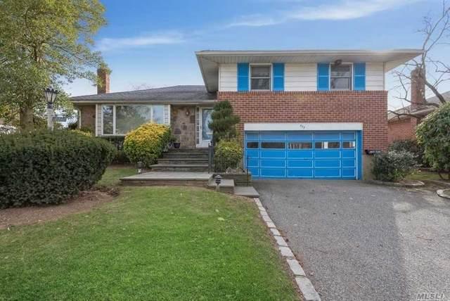 777 Regent Drive, Westbury, NY 11590 (MLS #3284035) :: Howard Hanna Rand Realty