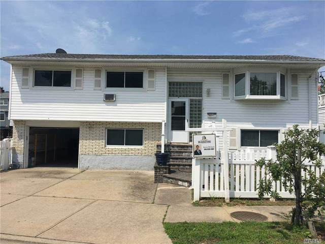 630 S Bayview Avenue S, Freeport, NY 11520 (MLS #3285407) :: McAteer & Will Estates | Keller Williams Real Estate