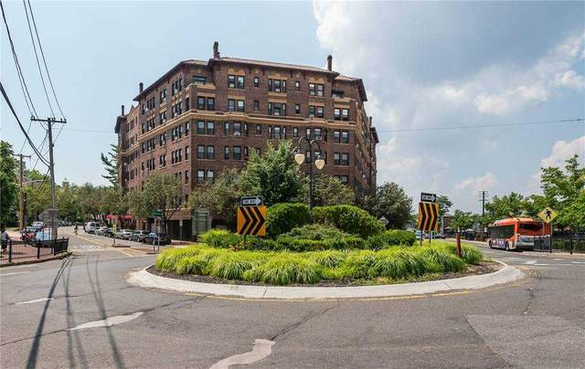 8 Barstow Rd. 4H, Great Neck, NY 11021 (MLS #3285896) :: Shalini Schetty Team
