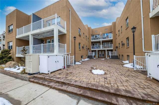 255 West Broadway #103, Long Beach, NY 11561 (MLS #3287888) :: Mark Boyland Real Estate Team