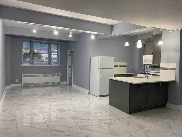 104-20 68th Drive Aa3, Forest Hills, NY 11375 (MLS #3289089) :: The McGovern Caplicki Team