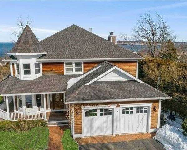 260 Bay Avenue, Huntington Bay, NY 11743 (MLS #3289115) :: William Raveis Baer & McIntosh
