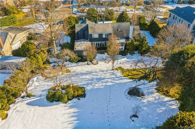 316 Hewlett Neck Road, Hewlett Neck, NY 11598 (MLS #3290912) :: Goldstar Premier Properties
