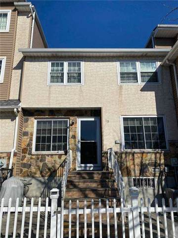 19 Sky Lane, Out Of Area Town, NY 10304 (MLS #3291513) :: Signature Premier Properties