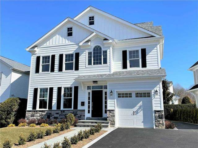177 Tanners Pond Road, Garden City, NY 11530 (MLS #3291894) :: Signature Premier Properties