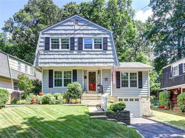 9 Richmond Place, Huntington Sta, NY 11746 (MLS #3291966) :: Signature Premier Properties